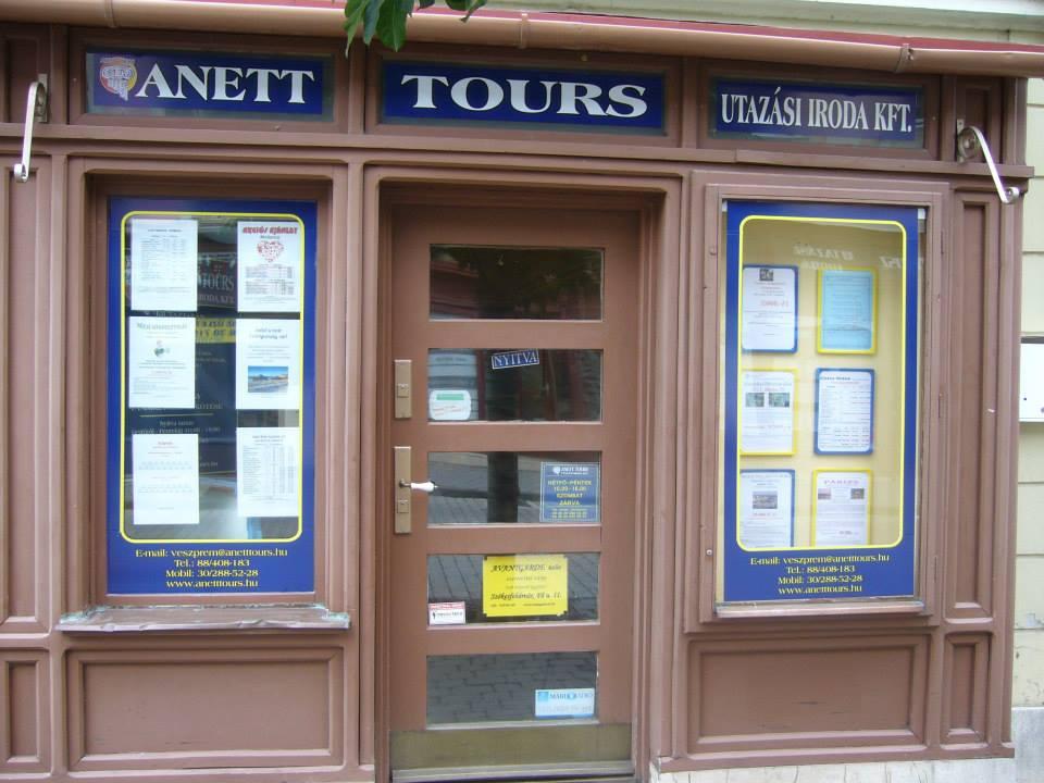 anett_tours